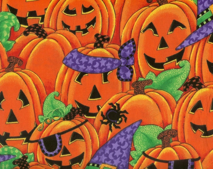 Happy Jack-o-lanterns in costume for Halloween. 100% cotton fabric, Sold by( multiple lengths)  #114