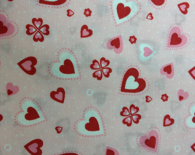 Hearts and Dots 100% cotton fabric-sold by the yard   #391