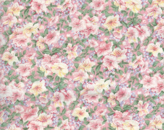 Pretty pink floral cotton fabric. Sold by ( multiple lengths) #112