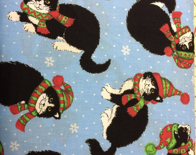 Christmas cats with stocking hats fabric, sold by the yard  #375