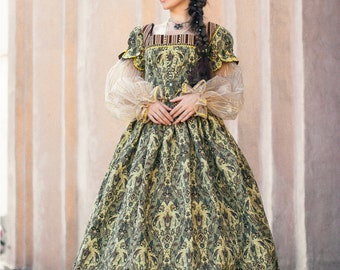 What did women wear in the 16th century?