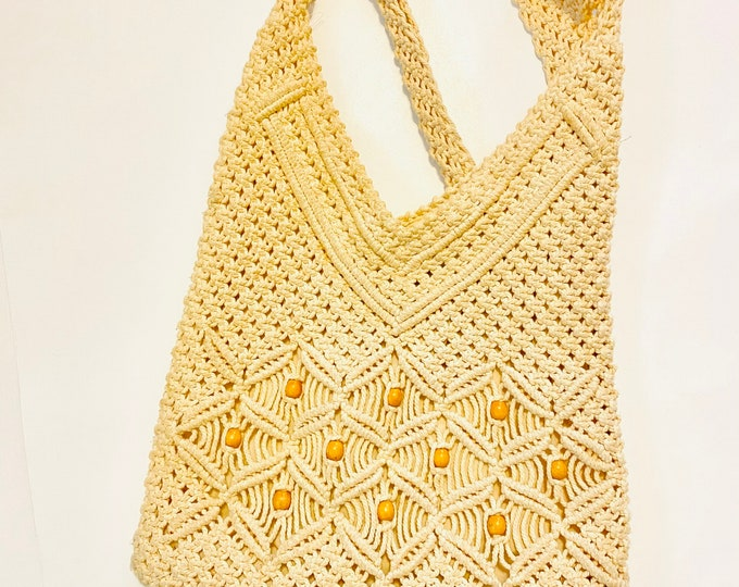 Vintage Tan Yarn Macrame BoHo Shoulder Bag