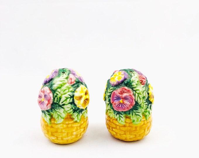 Vintage Small Ceramic Flower Basket Salt and Pepper Shakers