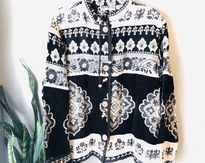 Vintage Oversize Black and White Quilted Button Jacket