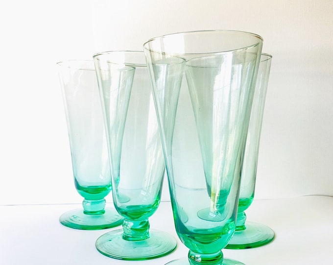 Vintage Tall Green Glass Tumblers/Glasses