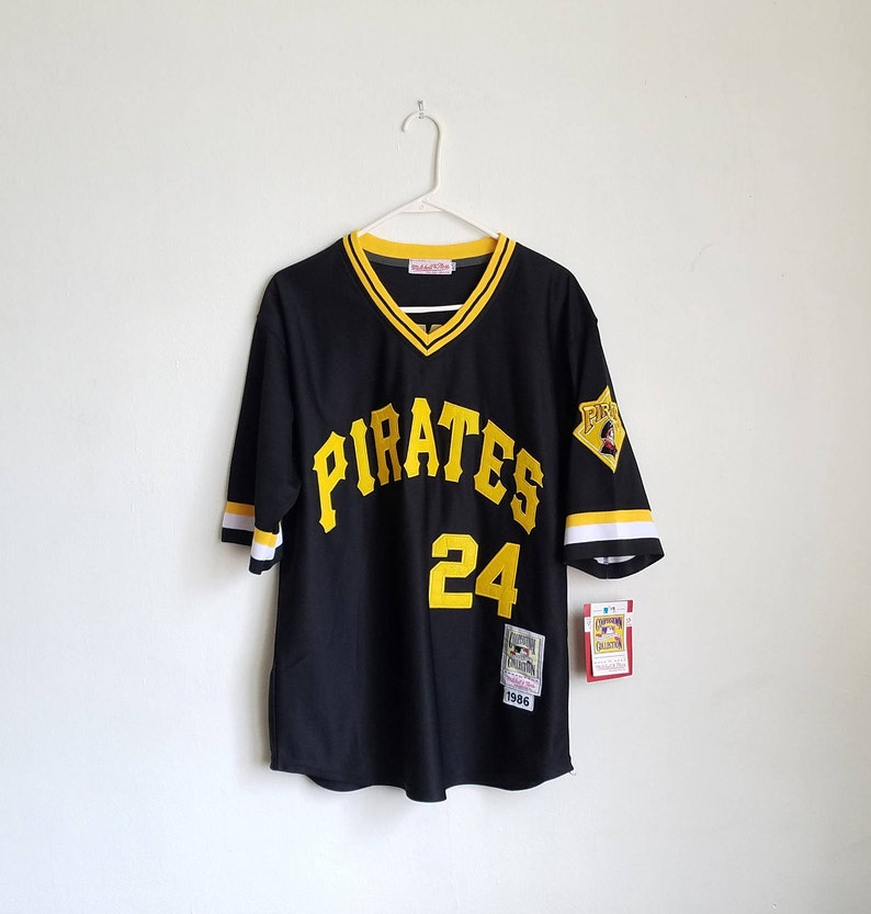low priced ab8fd cdaf3 DS Mitchell And Ness Barry Bonds Pittsburgh Pirates Jersey Sz. 40