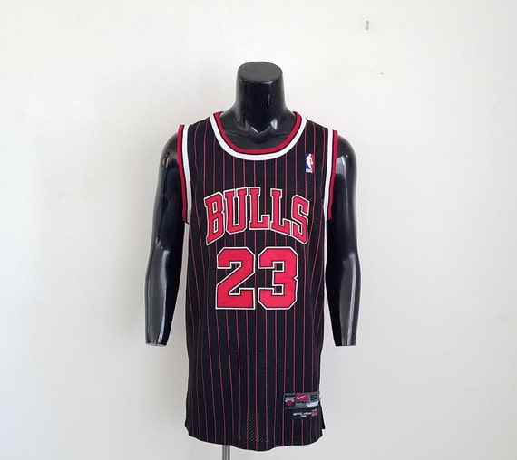 Vintage Nike Michael Jordan Chicago Bulls Swingman Jersey Sz.  7a1aaa878