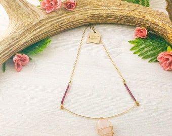 Rose Quartz Choker >> Red Beaded Pendant Gold Bar Necklace >> Natural Stone Jewelry >> Crystal Bohemian Gemstone Jewelry >> Gifts For Her