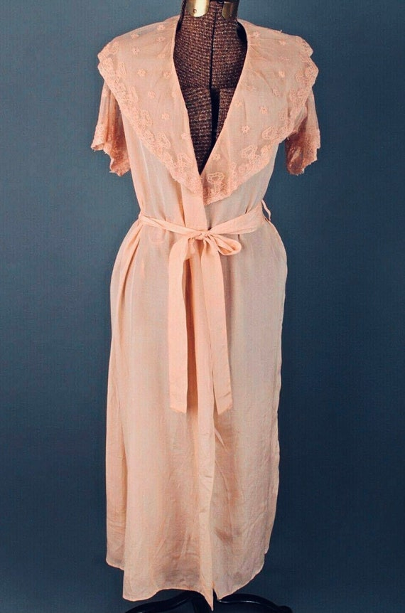 Pink Silk Lace Robe - Vintage, Alencon, Handmade L