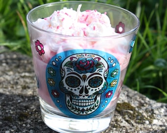 Gourmet colored scented candle - Skull candle - Gourmet candle - Strawberry candle - Decorated glass candle - Artisanal candle