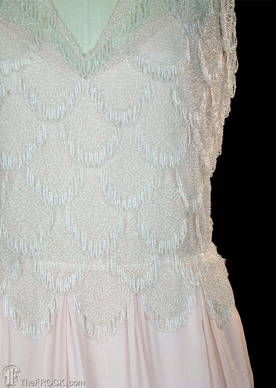 1930s gown or wedding dress, beads & palest pink–… - image 2