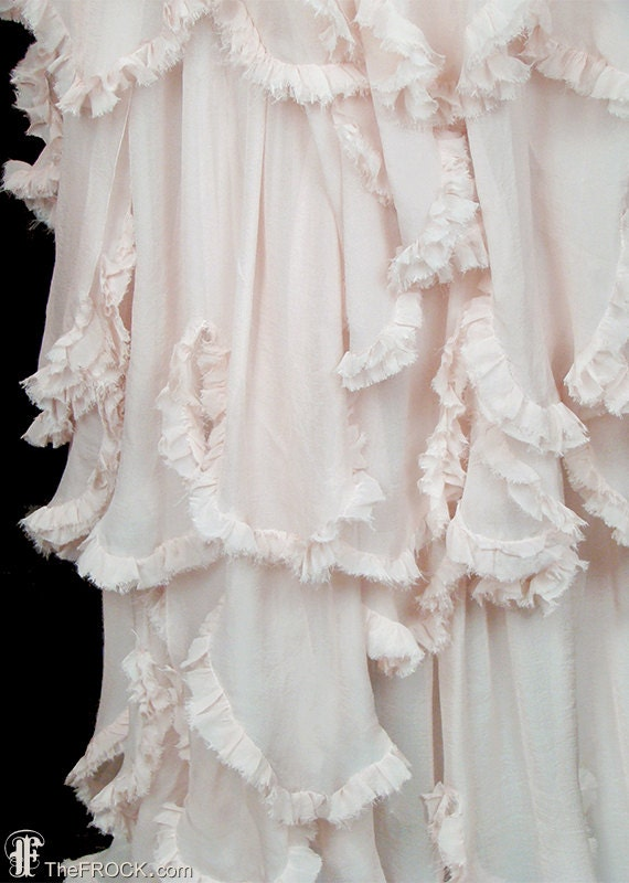 1930s gown or wedding dress, beads & palest pink–… - image 3