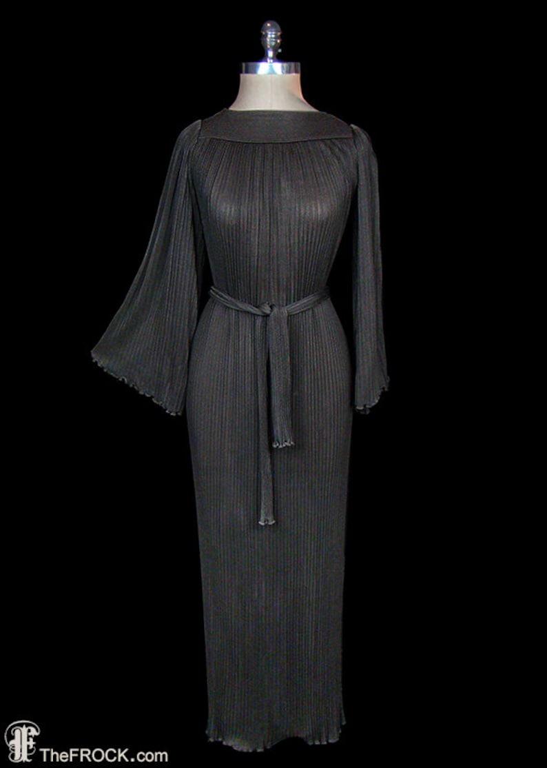 Tricot Aile LongueManches En Noué La Armani Couture RobeRobe LongCeinture TailleDesigner Noir Ange Giorgio À Plissé srohdCBtQx
