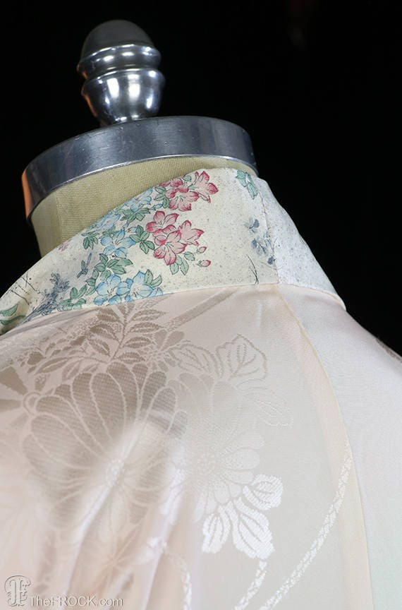 1930s Art Deco dressing gown, kimono robe, silk f… - image 5