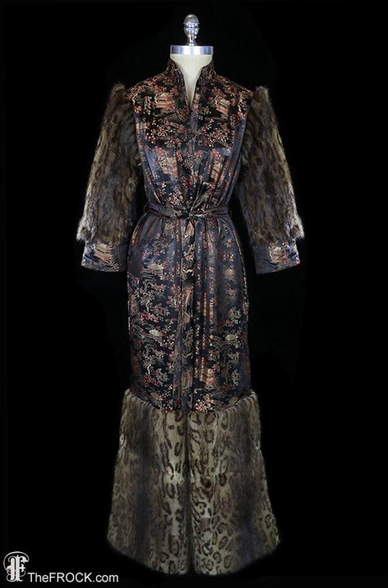 1940s robe coat dressing gown, antique art deco opera fur big cuffs silk  brocade asian print, belted, Chinese Japanese, leopard print