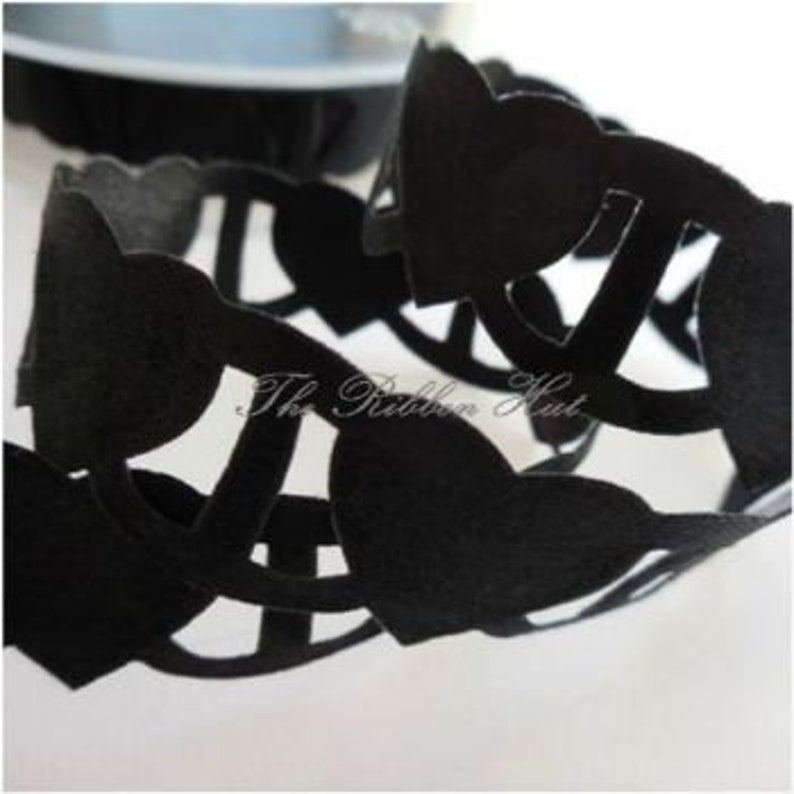 2 Meter and 5 Meter Lengths Width Black Weddings,Cake Decors,Crafts,Bows,Trimmings,D I Y Berisfords Linking Heart 18 mm 1116