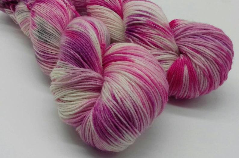 7525 Superwash Merino  Nylon sock yarn Hiyeeeeeee