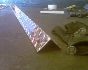 Aluminum Diamond Plate Angle .062 x 1 x 4 x 48 in Offset 3003 UAAC