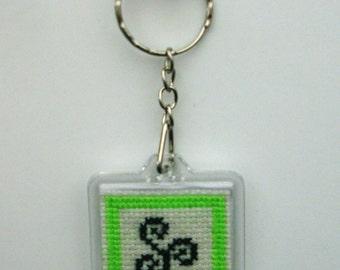 Square Keyring Triskel Breizh embroidered hand