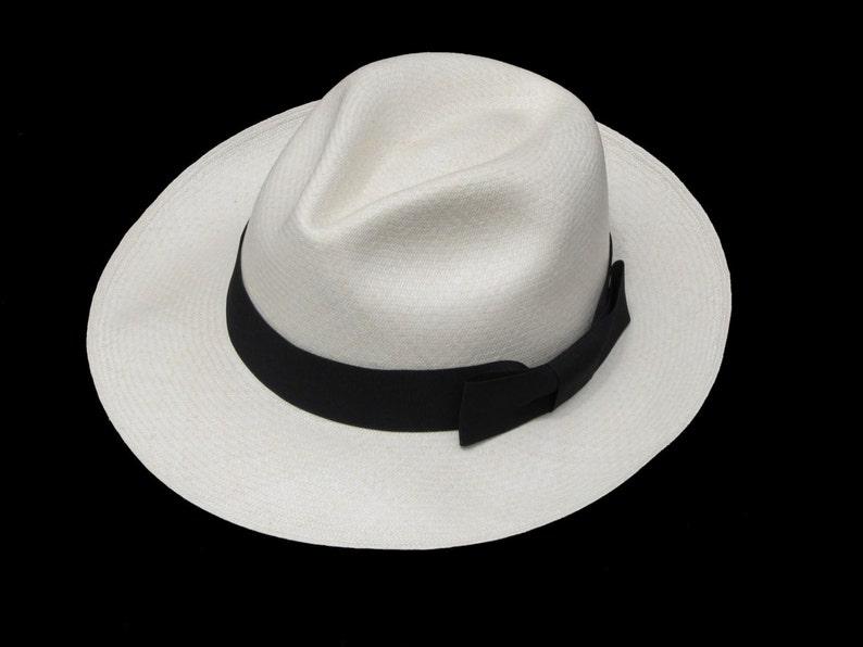 4db1ea0d75ee5 Original Panama Hat from Montecristi Clásico Fino