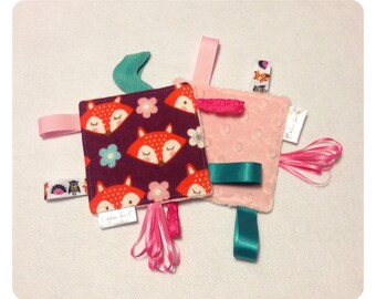 Fox tag toy, sensory toy, baby crinkle paper, crinkle tag toy, teether, fox teething toy, fox baby