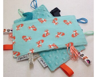 Fox tag toy, sensory crinkle toy, baby crinkle paper, crinkle tag toy, fox baby toy, fox bedding