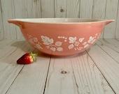 Vintage Pyrex PINK GOOSEBERRY Cinderella Nesting Mixing Bowl 444 Large 4 Quarts, 1957 - 1966
