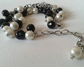 Anda -  Black and White Bracelet