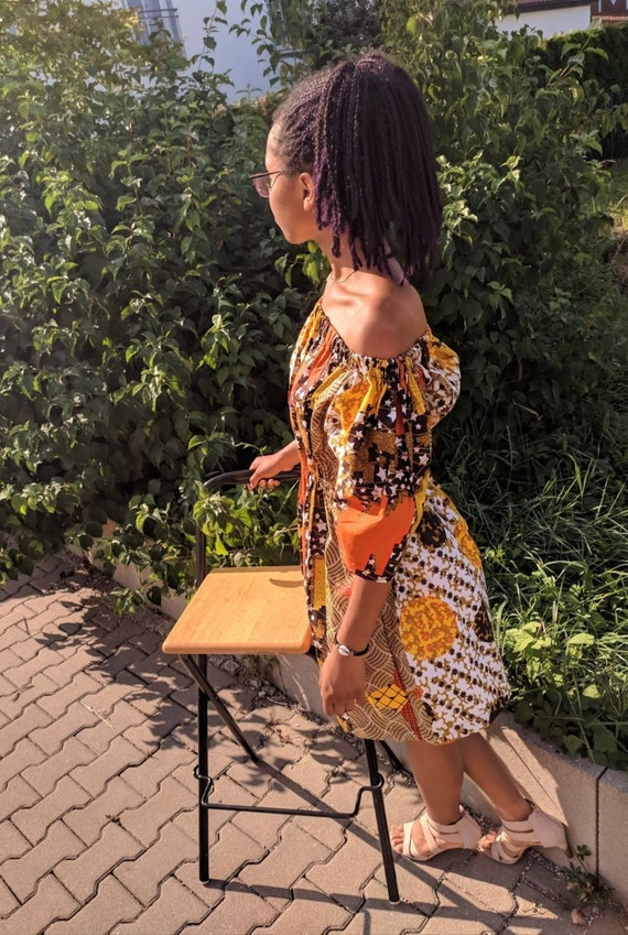 Mbole Cute african cotton dress with gathers. elegant