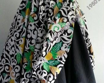 Cotton dress.Summer dress. Casual dress.Ladies dress.Pinnaple print. Full circle skirt. 1950's style dress. One of a kind dress. Print dress
