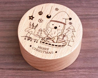 Santa Claus with sleigh and Reindeer, wind-up music box, great Chirstmas gift