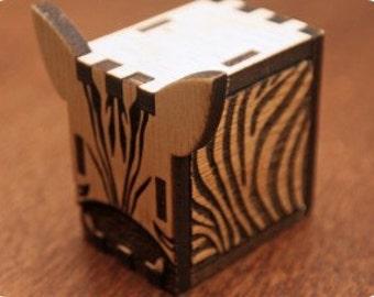 Music box, interlocking hand crank music box, DIY - great gift ( Zebra )