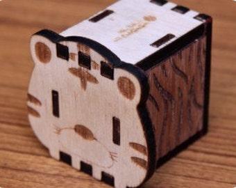 Music box, hand crank interlocking wooden music box, DIY - great gift ( Tiger )
