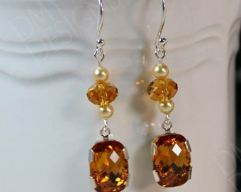 Vintage Elegance Earrings in Topaz Crystal