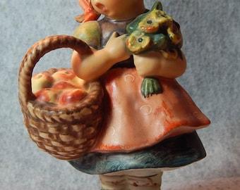 Hummel Figurine, Autumn Harvest, mold 355 TMK 6