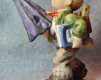 Hummel Figurine, Is it raining?, mold 420, TMK 6.