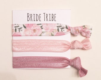 Bridesmaid hair tie favors/elastic hair ties, bridesmaid gift, bachelorette gift, hair tie card, hair tie favor, wedding, bride, bridal show