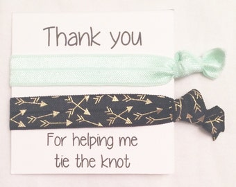 Bridesmaid hair tie favor//solid pale mint & black arrow//hair tie card//bachelotette//bridesmaid