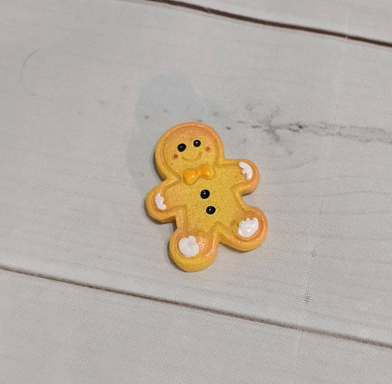 Gingerbread Acrylic Needle Minder