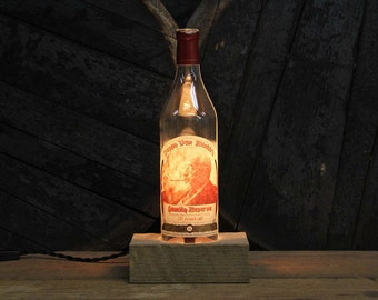 Pappy Van Winkle (20 Year) Bourbon Bottle Lamp / Whiskey Bottle Light, Bourbon Gifts, Bar Decor, Whiskey Gifts, Father's Day Gift