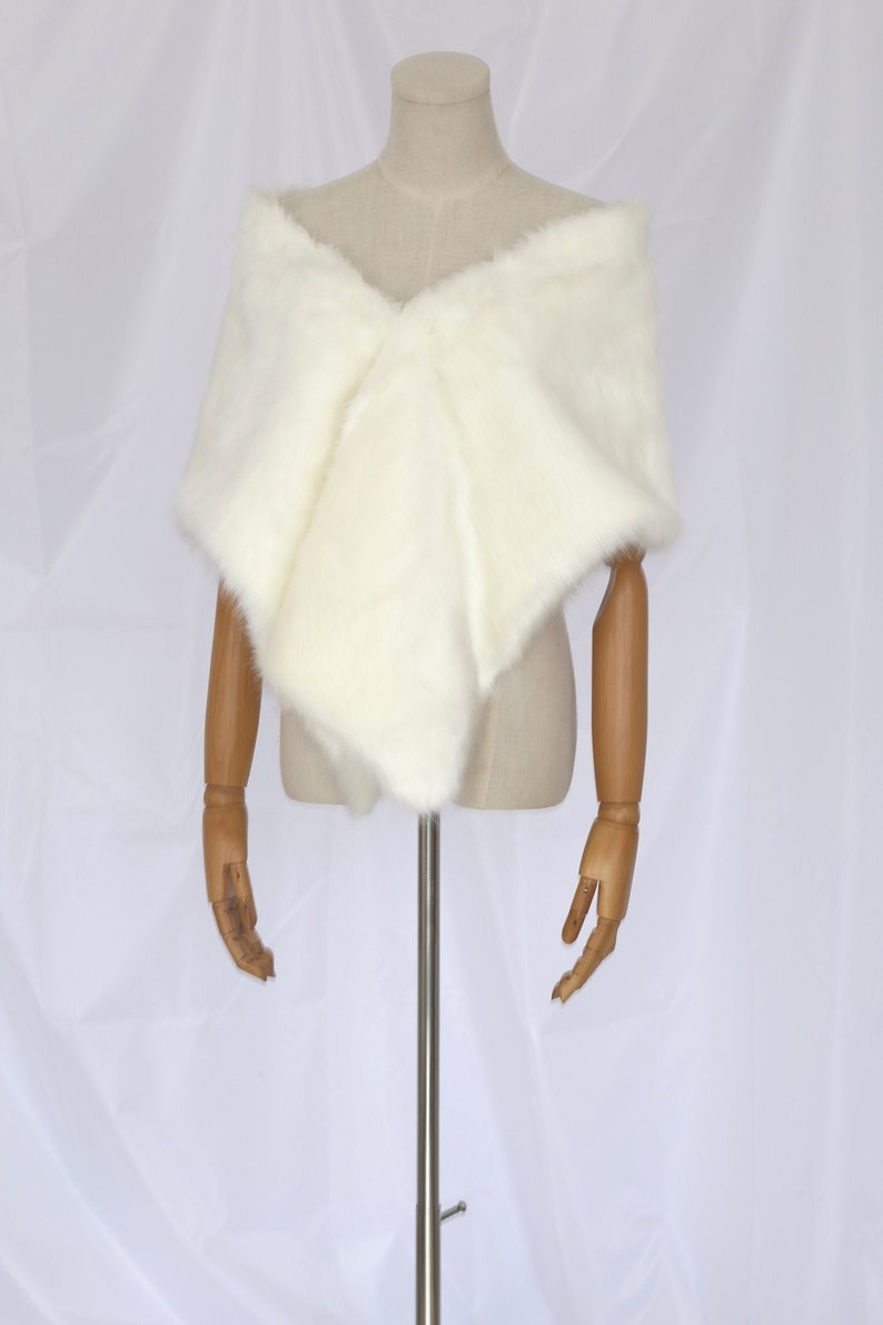 Sale Faux Fur Shawl for Bride Bridesmaid White