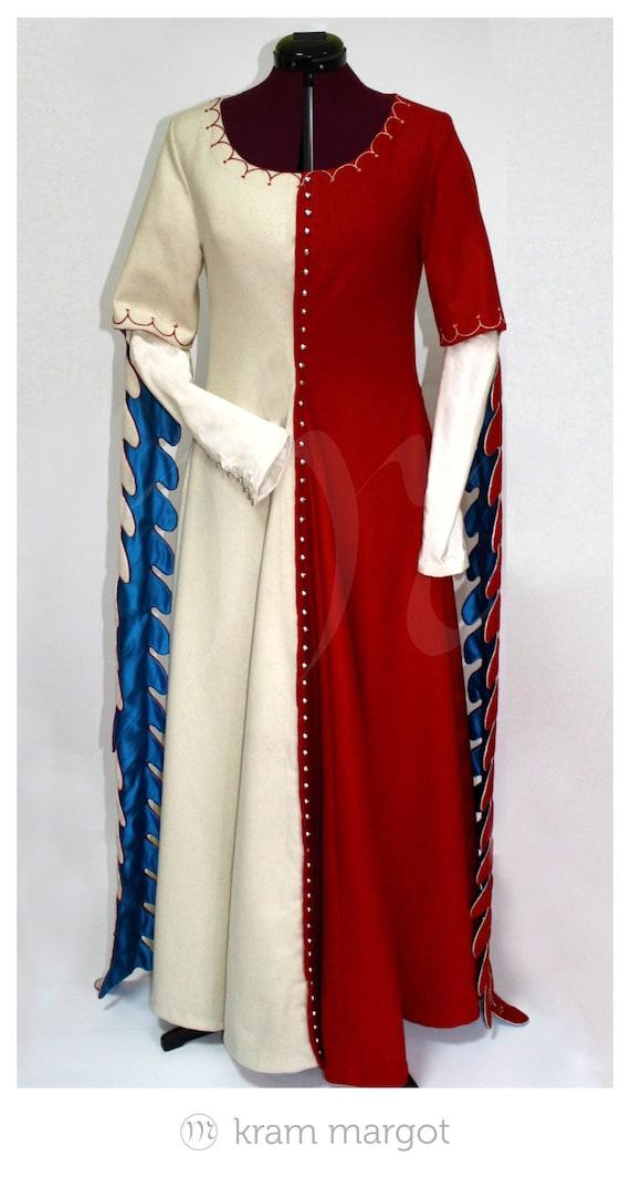 a08126b948 Outer dress XIV-XV century