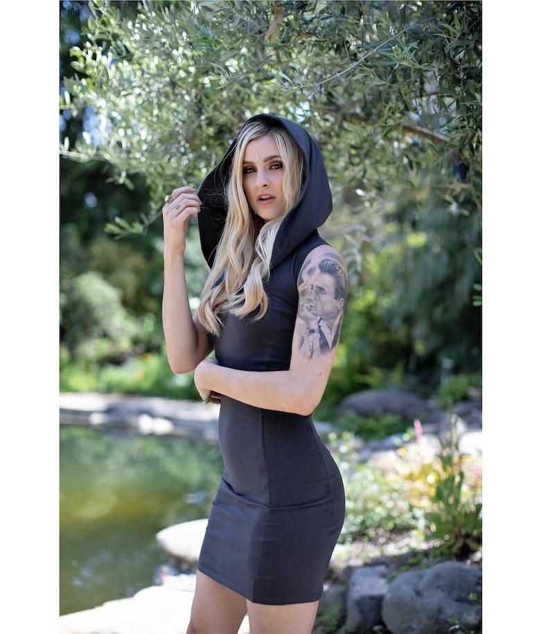 bonnet bande de salope femmes hippies nue