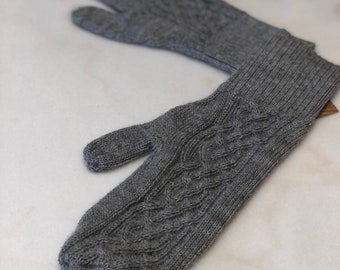 Men's Large Gray Cable Knit Baby Alpaca Mittens