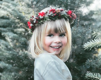 Christmas Flower Crown, Newborn Crown, Flower Crown Halo, Baby Flower Crown, Holiday Floral Halo, Christmas Crown, Winter Greenery Crown