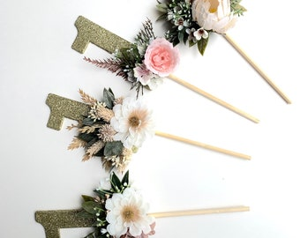 Floral Cake Topper, First Birthday Props, Cake Topper, Flowers for Cake, Flower Cake Topper, Cake Smash Props, Flower Cake Topper