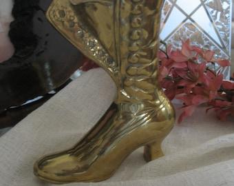 Brass boot, paperweight, planter. Boot heel gold. Planteur.Brass boot