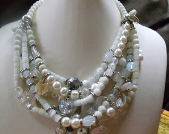 Statement necklace Helene ice blue