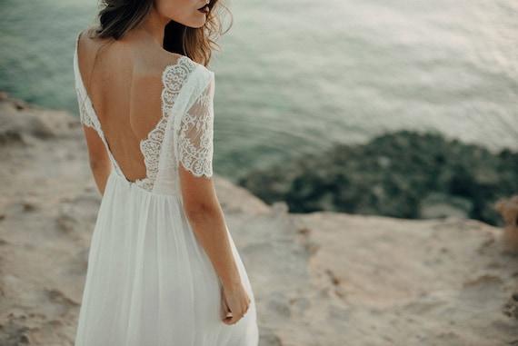 Lace Wedding Dress for Beach Wedding