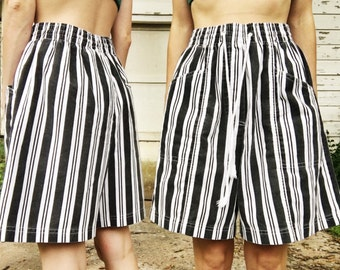 Vintage Ultra High Waisted Black + White Vertical Striped Stretch Waist  Drawstring Long Summer Shorts S 6f48cde3aa6d7